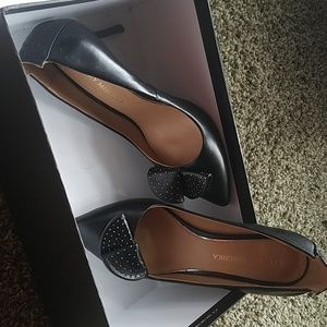 Black leather heels Badgley Mischka